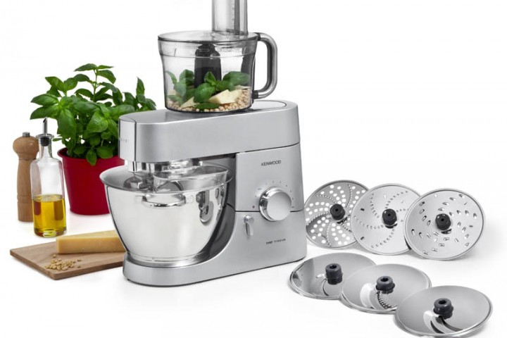 Efficient Way to Clean Your Food Processor