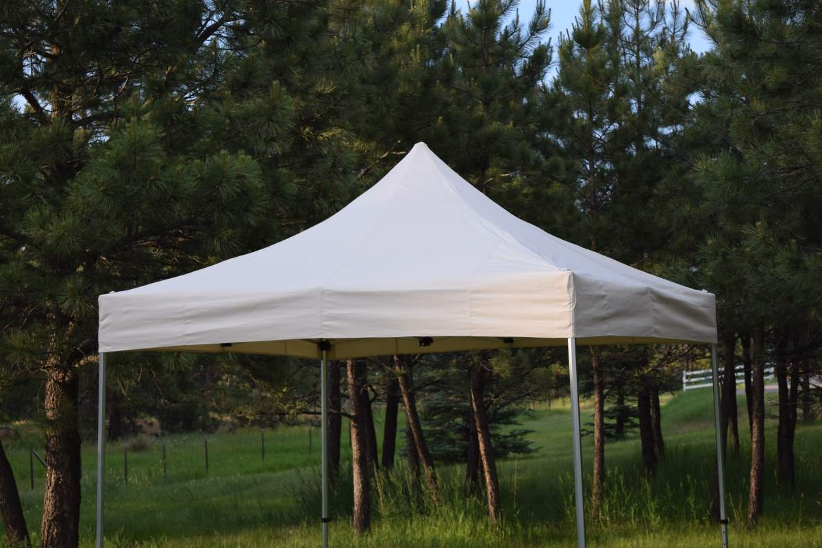 Pop-up Tents For Corporate Use